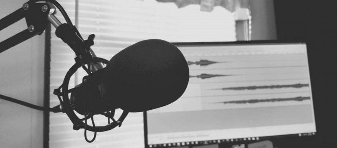 micophone podcast